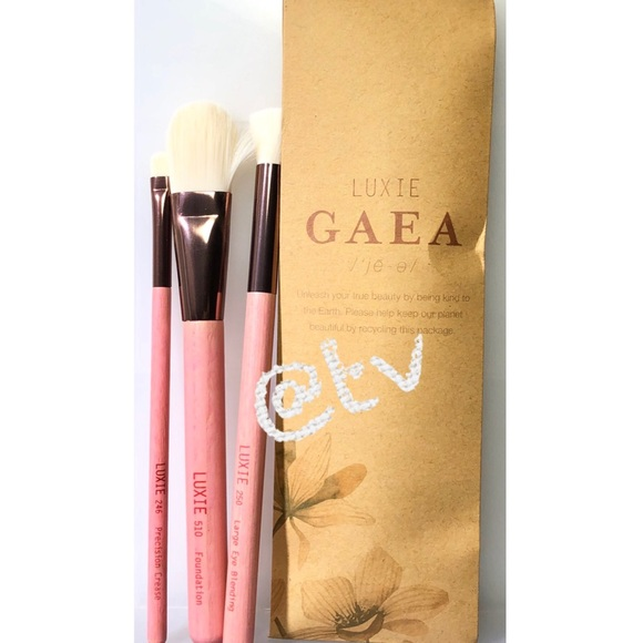 2/$25 Luxie Beauty Gaea 3 Piece Brush Set NEW Boutique